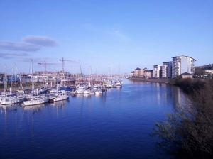5-miler around Cardiff Bay. Gotta admit, this is the first time I'm seeing the sea in this country.