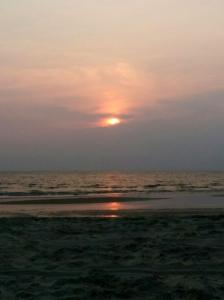 A beach-bum sunset