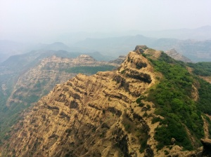 Mahabaleshwar - the striated rock special. Did I fondly recollect Grand Canyon memories? You bet.